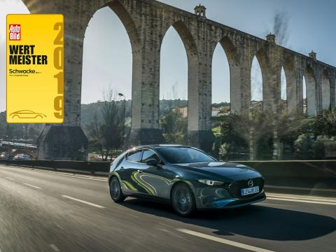 Mazda 3 Wertmeister 2019 von Auto Bild und Schwacke
