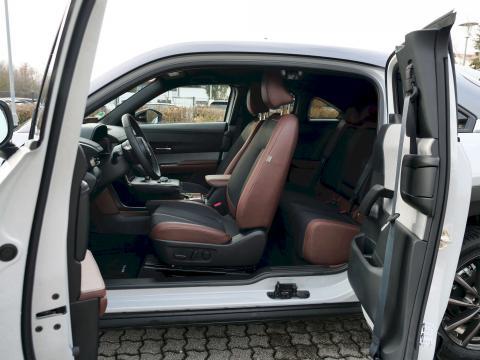 Mazda MX-30 Mondsteinweiß 3 Ton Metallic Mazda Autohaus Till