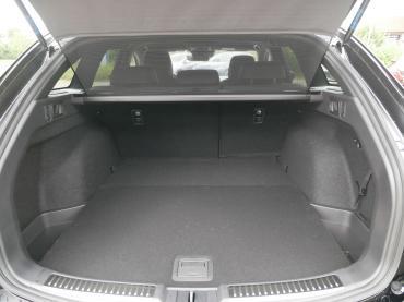 Mazda 6 2019 Sports-Line Plus-Paket Onyxschwarz Kofferraum