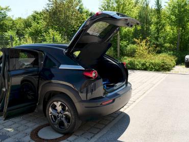 Mazda MX-30 Elektroauto 2020 Onyxschwarz Vertragshändler Autohaus Till